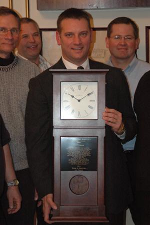 Dash-Award-med